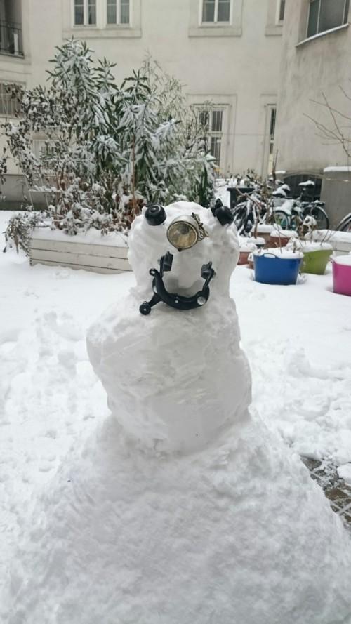 DSC 0035 e1485941822272 - reanimated-snowman - Winter in Wien